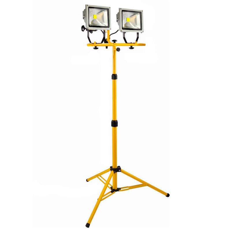 Double support for led flood light
